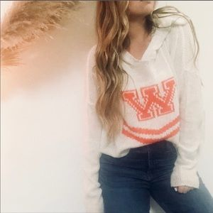 WILDFOX Cheerleader Hooded Crop Billy Sweater Sz M